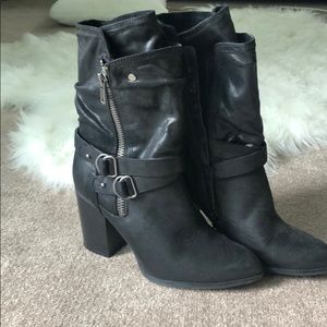 Like NEW Black mid calf boots